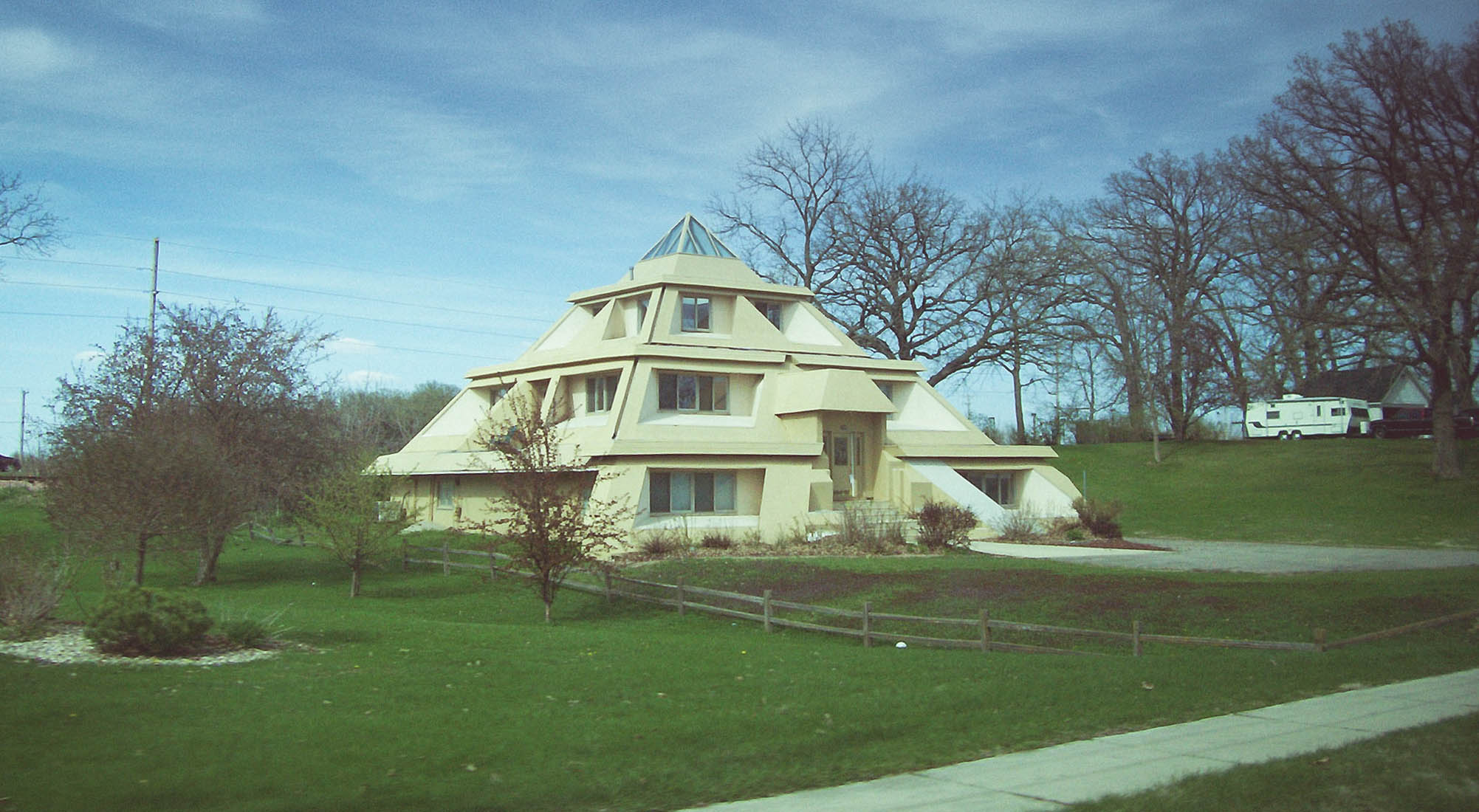 Pyramid Houses Mod The Sims Too Ugly To Live In